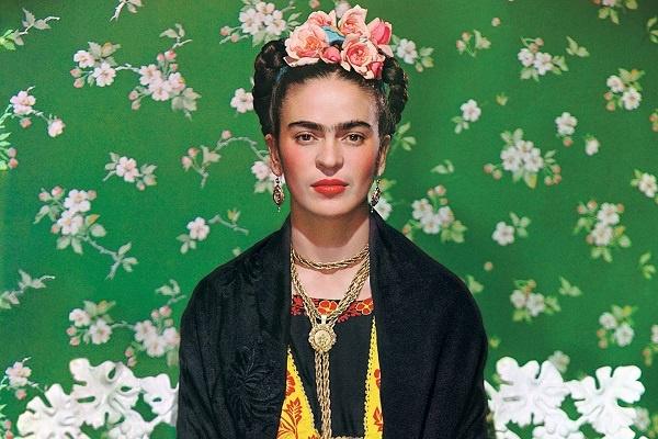 Frida Kahlo, l'arte e la vita tra sogno e realtà