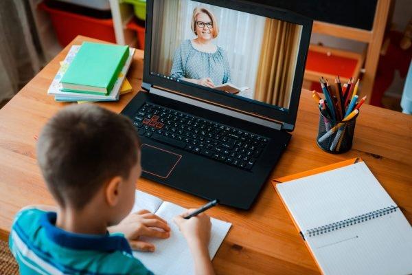 Didattica a distanza: cosa ne pensano gli studenti?